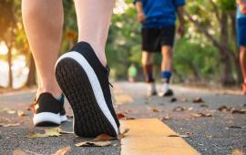 Czy Nordic Walking poprawia kontrolę postawy i parametry chodu u kobiet w wieku od 65 do 74 lat -badanie randomizowane
