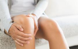 Wpływ kijków do chodzenia na element przywodzenia kolana u pacjentów z koślawością